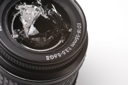 Does a lens scratch really impact your photos?