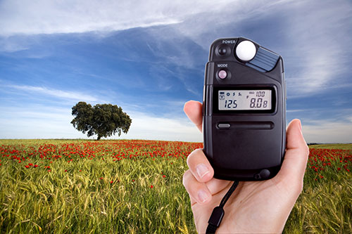 How to Use a Hand Held Light Meter